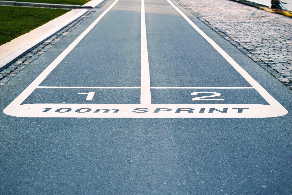 Finde den kürzesten oder schnellsten Weg ins Ziel